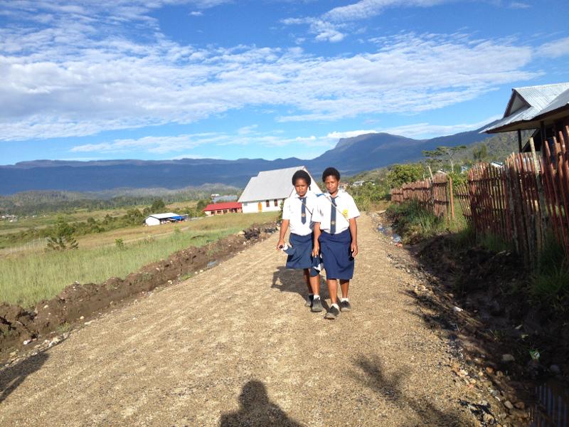 Anak Sekolah di Oksibil